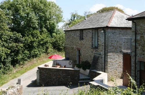 Last Minute Cottages - Hay Barn