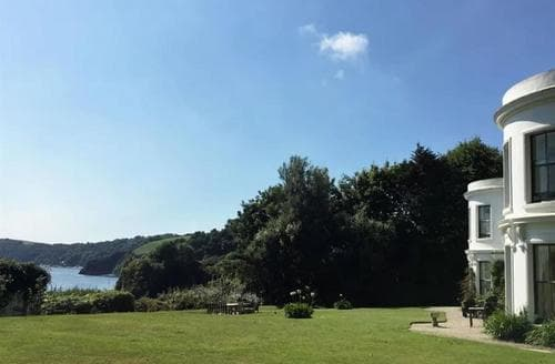 Last Minute Cottages - Porthpean House