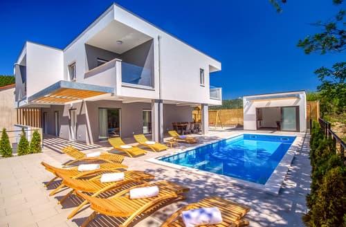 Last Minute Cottages - Villa Cetina
