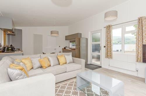 Last Minute Cottages - Luxury Aysgarth Lodge S137685