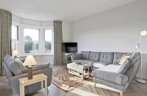 Last Minute Cottages - Inviting Southwold Apartment S137723