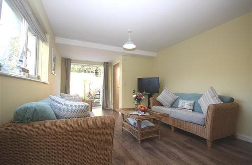 Last Minute Cottages - Lovely North Cornwall Apartment S137724