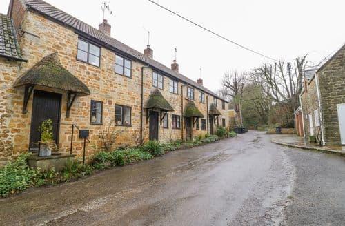 Last Minute Cottages - Woodlanders