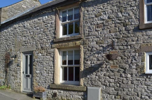 Last Minute Cottages - Laurel Cottage