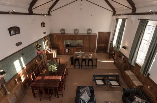 Big Cottages - Inviting Ingestre Lodge S137839