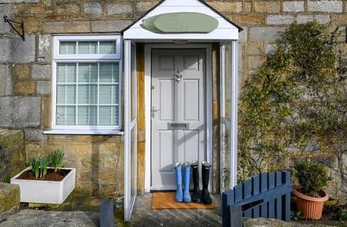Last Minute Cottages - Cosy Harrogate Cottage S137842