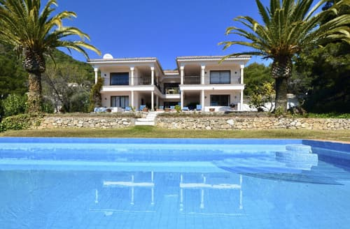 Last Minute Cottages - Villa Amanecer