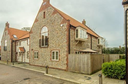 Last Minute Cottages - Exquisite Holt Cottage S137951