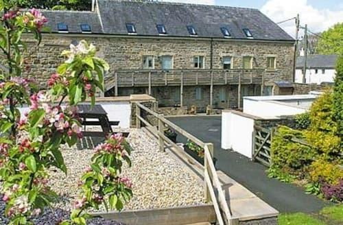 Last Minute Cottages - Delightful Haltwhistle Apartment S14556