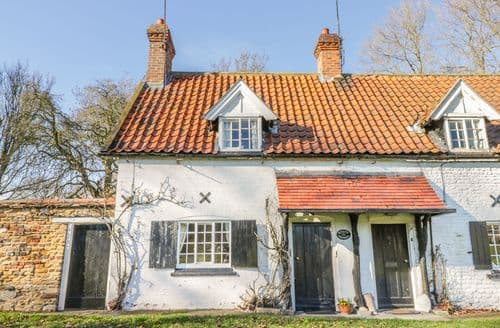 Last Minute Cottages - Beautiful Beverley Cottage S138060