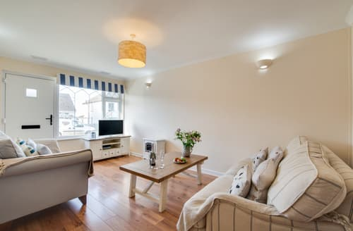 Last Minute Cottages - Charming Port Isaac Lodge S138070