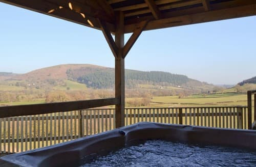 Last Minute Cottages - Offa's Dyke Lodge