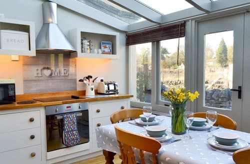 Last Minute Cottages - Charming Great Longstone Cottage S138426