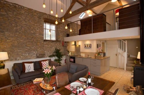 Last Minute Cottages - Inviting Ruston Barn S138538
