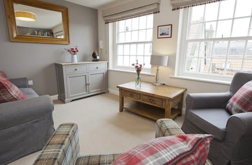 Last Minute Cottages - Tasteful Whitby House S138563