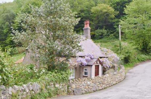 Last Minute Cottages - Bontnewydd