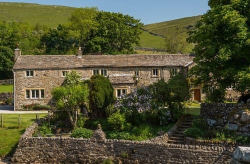 Big Cottages - Stunning Litton Barn S138667
