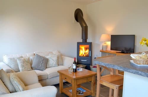 Last Minute Cottages - Stunning Galmpton Cottage S138704
