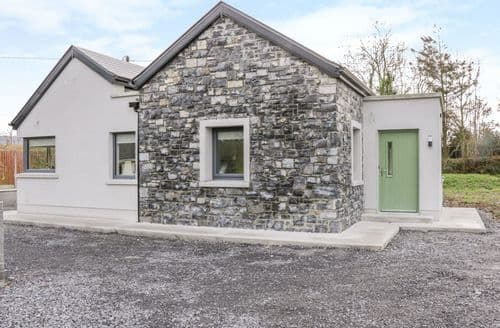 Last Minute Cottages - Charming Sligo Town, County Sligo Cottage S138801