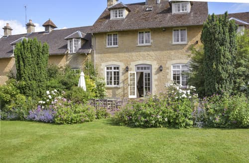 Last Minute Cottages - Cotswold Carriage House