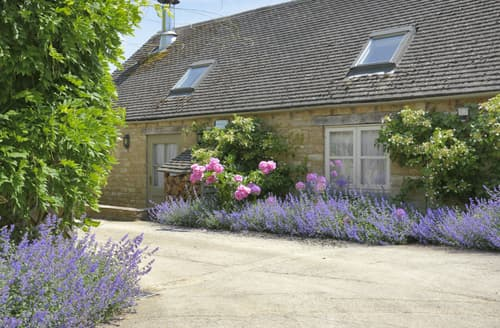 Last Minute Cottages - Lavender Mill House