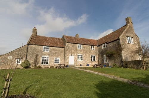 Last Minute Cottages - Butcombe Farm House