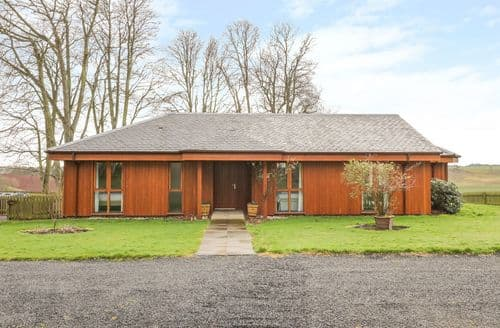 Last Minute Cottages - Whittadder Lodge
