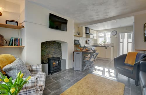 Last Minute Cottages - Luxury Appledore Lodge S138924
