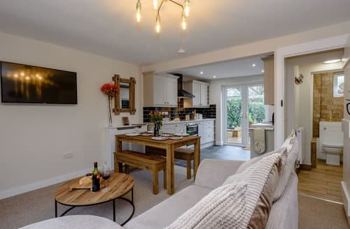Last Minute Cottages - Captivating Horning Cottage S138966