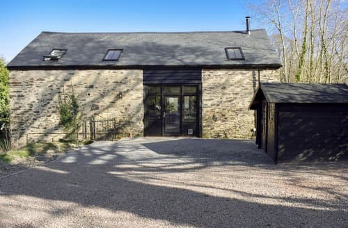 Last Minute Cottages - Harewood Barn