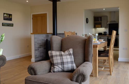 Last Minute Cottages - Excellent Howey Lodge S138972
