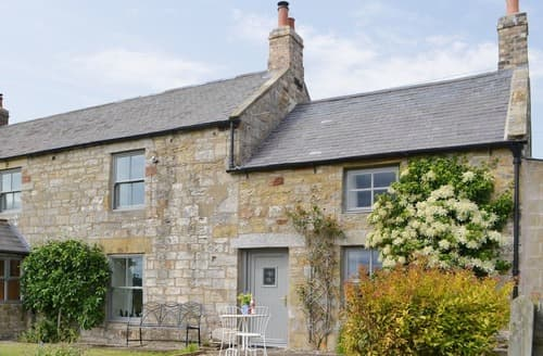 Last Minute Cottages - Greenyard Cottage