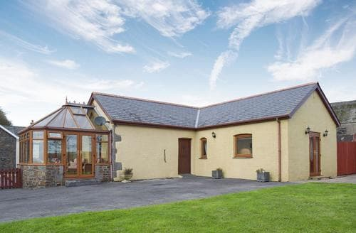 Last Minute Cottages - Gorgeous Narberth Cottage S87146
