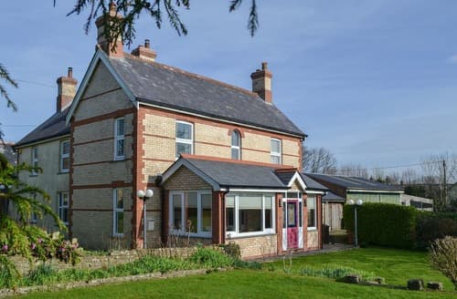 Last Minute Cottages - Cranford House
