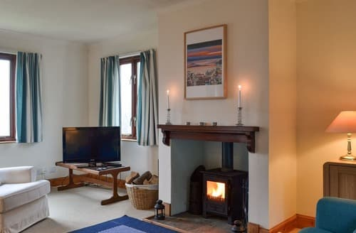 Last Minute Cottages - Tigh an Aighear