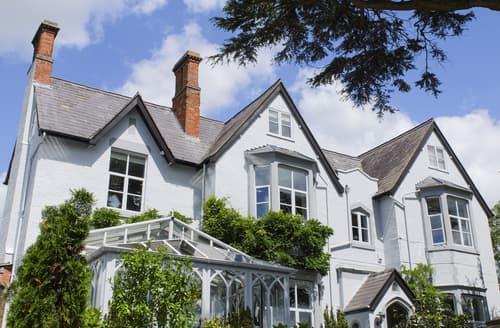 Big Cottages - Quaint Shrewsbury Cottage S139642