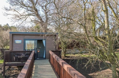 Last Minute Cottages - Paddock Retreat