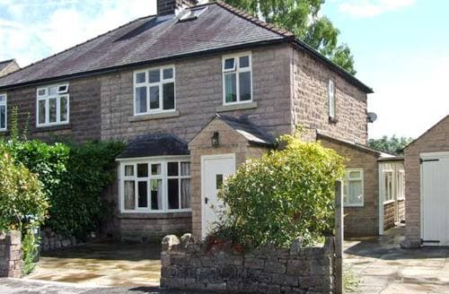 Last Minute Cottages - Luxury Bakewell Rental S4313