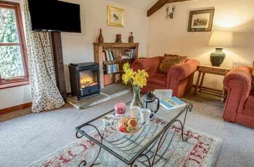 Last Minute Cottages - Churn House