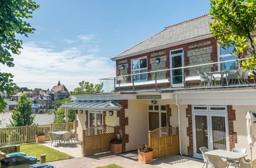 Last Minute Cottages - Stunning Shanklin Apartment S140128