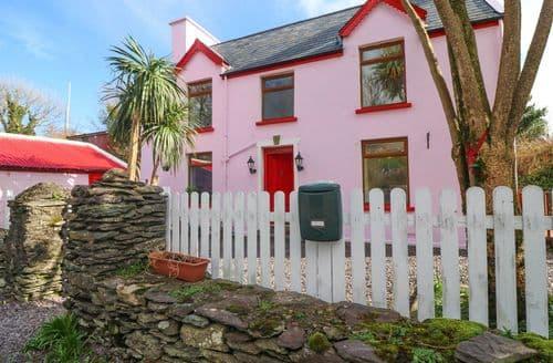 Big Cottages - Wonderful Caherdaniel, County Kerry Cottage S140210