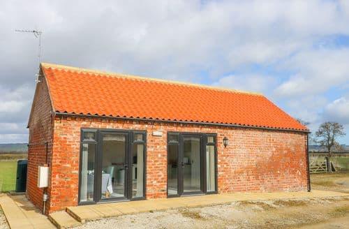 Last Minute Cottages - Derwent House Farm