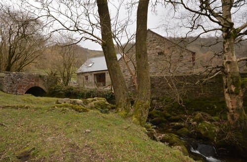 Last Minute Cottages - Charming Abergavenny Barn S140335