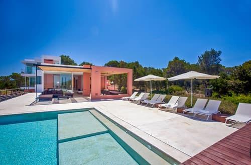 Last Minute Cottages - Villa Alandir
