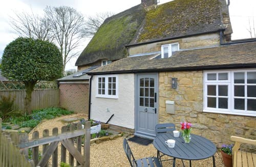 Last Minute Cottages - Tasteful Banbury Cottage S140463