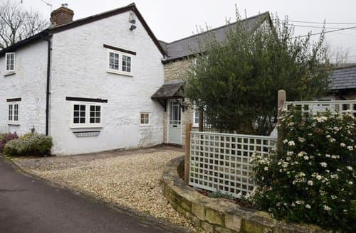 Last Minute Cottages - Cosy Weymouth Cottage S140465