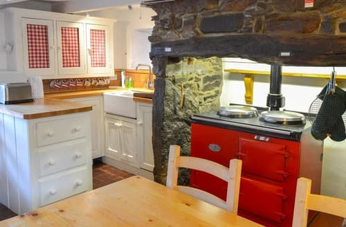 Last Minute Cottages - Chirgwin Cottage