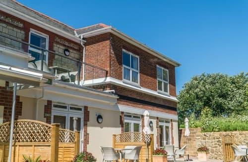 Last Minute Cottages - Elm Apartment - UKC3963