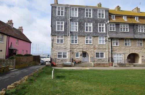 Last Minute Cottages - Lovely Bridport Apartment S140720