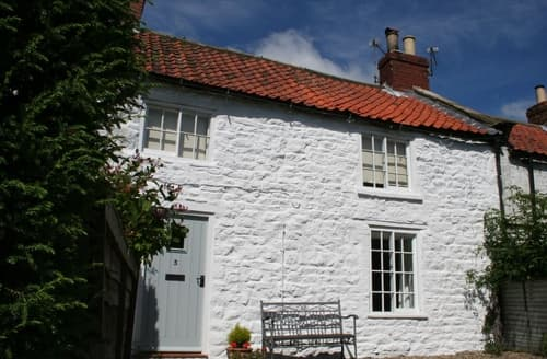 Last Minute Cottages - Attractive Burythorpe Near Malton Cottage S140730